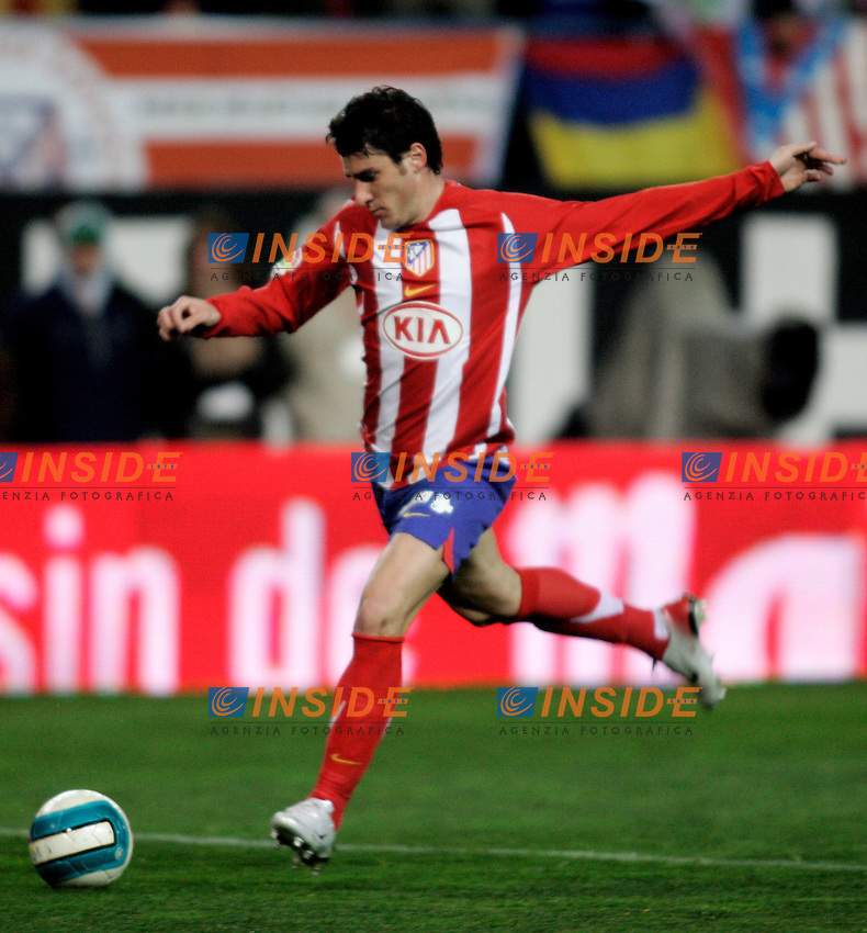 Atletico de Madrid's Giourkas Seitaridis during  the Spanish League match between Atletico de Madrid and Real Madrid at Vicente Calderon Stadium in Madrid, Saturday February 24 2007. (INSIDE/ALTERPHOTOS/B.echavarri).