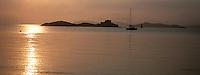 Europe/Provence-Alpes-Côte d'Azur/83/Var/Iles d'Hyères/Ile de Porquerolles: Le Fort du Petit Langoustier au soleil couchant