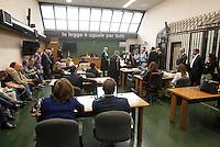 aula del tribunale di napoli  prima della sua deposizone nel processo contro Valter Lavitola