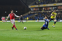 Bobby Grant of Fleetwood Town shoots during the Sky Bet League 1 match between Oxford United and Fleetwood Town at the Kassam Stadium, Oxford, England on 10 April 2018. Photo by David Horn.