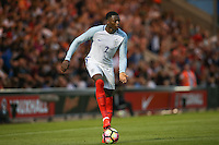 Dominic Iorfa (Wolverhampton Wanderers) of England looks for options during the International EURO U21 QUALIFYING - GROUP 9 match between England U21 and Norway U21 at the Weston Homes Community Stadium, Colchester, England on 6 September 2016. Photo by Andy Rowland / PRiME Media Images.