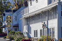 The York Harbor Inn, York, Maine, USA.