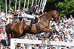 02.06.2019,  GER;  Deutsches Spring- und Dressur-Derby, 90. Deutsches Spring-Derby, im Bild Sandra Auffarth (GER) auf Nupafeed `s La Vista  Foto © nordphoto / Witke