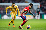 Angel Correa (R) of Atletico de Madrid is followed by Borja Garcia Freire of Girona FC during the La Liga 2017-18 match between Atletico de Madrid and Girona FC at Wanda Metropolitano on 20 January 2018 in Madrid, Spain. Photo by Diego Gonzalez / Power Sport Images
