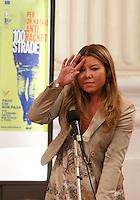 MANIFESTAZION ANTI RACKET CON IL CAPO DELLA POLIZIA .NELLA FOTO ALESSANDRA CLEMENTE , FIGLIA SILVIA RUOTOLO.FOTO CIRO DE LUCA.