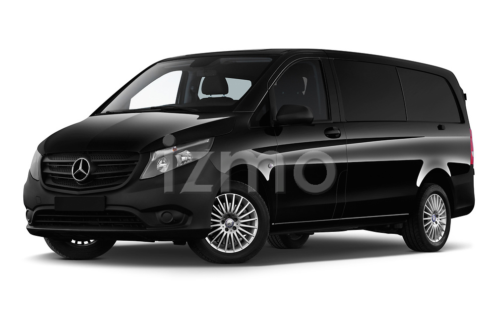 Stock pictures of low aggressive front three quarter view of a 2018 Mercedes Benz Vito Mixto Perfect Tool 4 Door Combi