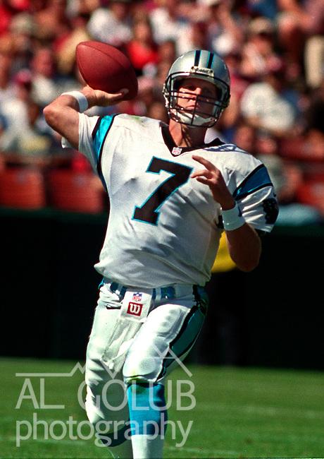 San Francisco 49ers vs. Carolina Panthers at Candlestick Park Sunday, September 10, 2000. Panthers beat 49ers 38-22.  Carolina Panthers quarterback Steve Beuerlein (7).