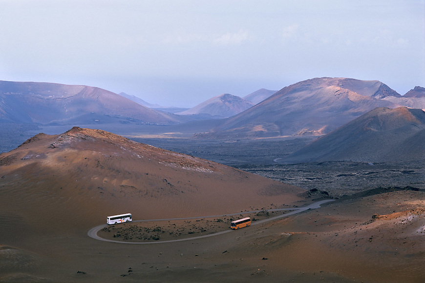 Paesaggi del mondo. Il Timanfaya, area vulcanica a Lanzarote, nelle isole Canarie.