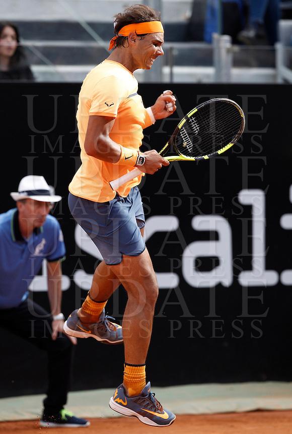 Lo spagnolo Rafael Nadal durante gli Internazionali d'Italia di tennis a Roma, 12 maggio 2016.<br /> Spain's Rafael Nadal reacts after winning a point against Australia's Nick Kyrgios at the Italian Open tennis tournament in Rome, 12 May 2016.<br /> UPDATE IMAGES PRESS/Isabella Bonotto