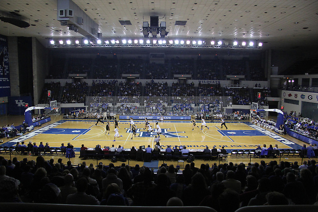 UK hoops take on Northern Kentucky University at Memorial Coliseum. Wednesday, December 3, 2014 in Lexington. Photo by Joel Repoley   Staff