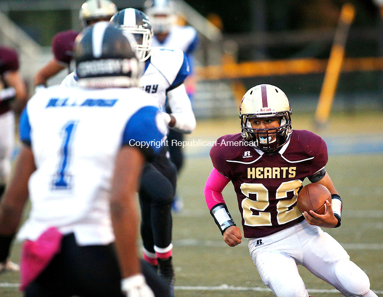 Waterbury, CT- 01 October 2015-100115CM07-  Sacred Heart's Joel Guzman rushes with the ball during their NVL matchup against Crosby in Waterbury on Thursday.    Christopher Massa Republican-American