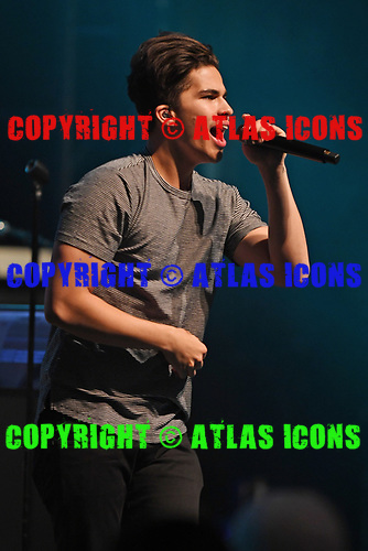 MIAMI BEACH, FL - AUGUST 04: Alex Aiono performs at the Fillmore on August 4, 2017 in Miami Beach, Florida. Credit Larry Marano © 2017
