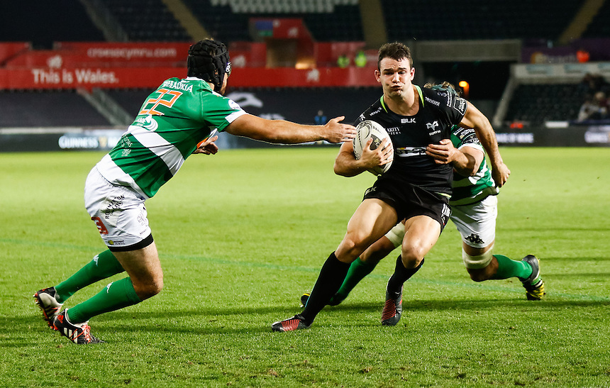 Tom Habberfield of Ospreys scores his sides sixth try<br /> <br /> Photographer Simon King/CameraSport<br /> <br /> Guinness PRO12 Round 3 - Ospreys v Benetton Rugby Treviso - Saturday 17 September 2016 - Liberty Stadium - Swansea<br /> <br /> World Copyright &copy; 2016 CameraSport. All rights reserved. 43 Linden Ave. Countesthorpe. Leicester. England. LE8 5PG - Tel: +44 (0) 116 277 4147 - admin@camerasport.com - www.camerasport.com