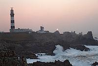 Europe/France/Bretagne/29/Finistère/Ile d'Ouessant: Le phare du Créac'h, côtes rocheuse et océan Atlantique