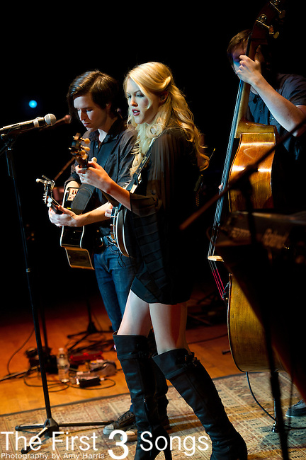 Ashley Campbell and Shannon Campbell of Victoria Ghost perform at Taft Theater in Cincinnati, Ohio