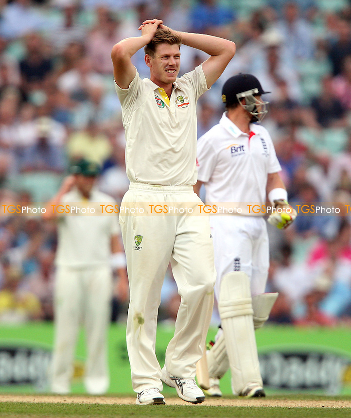 James Faulkner of Australia goes close to a wicket - England vs Australia - 3rd day of the 5th Investec Ashes Test match at The Kia Oval, London - 23/08/13 - MANDATORY CREDIT: Rob Newell/TGSPHOTO - Self billing applies where appropriate - 0845 094 6026 - contact@tgsphoto.co.uk - NO UNPAID USE