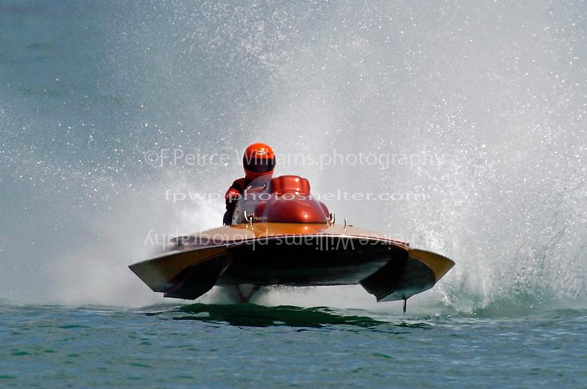"Carl Wilson, N-72 ""Tiger"", (1974 Lauterbach 225 class hydroplane)"