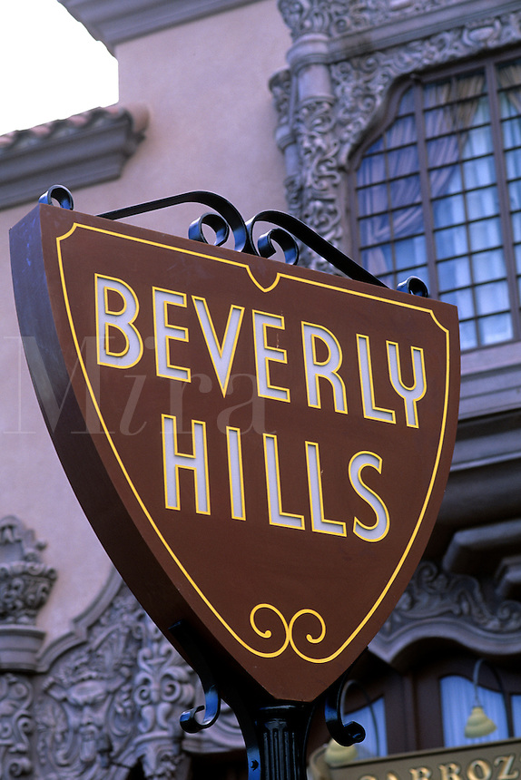 Famous Los Angeles Hoolywood landmark in California Beverly Hills Sig