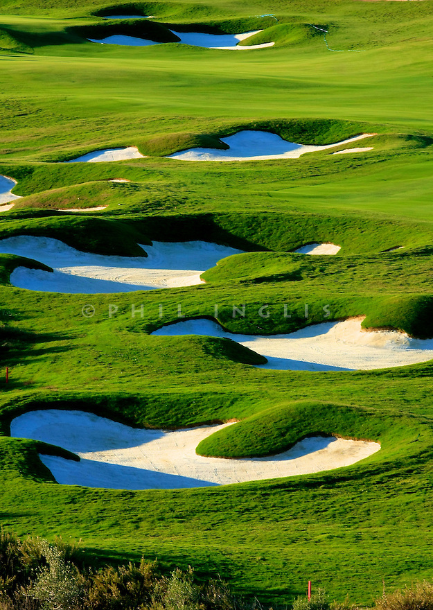 Bunkers on the 15th hole at Finca Cortesin, Casares, Spain. Picture Credit / Phil Inglis