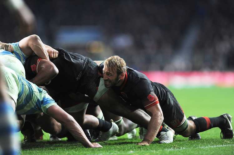 Chris Robshaw of England scrums down during the Old Mutual Wealth Series match between England and Argentina at Twickenham Stadium on Saturday 11th November 2017 (Photo by Rob Munro/Stewart Communications)
