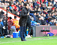 Arsenal Manager Unai Emery shouts instructions during AFC Bournemouth vs Arsenal, Premier League Football at the Vitality Stadium on 25th November 2018