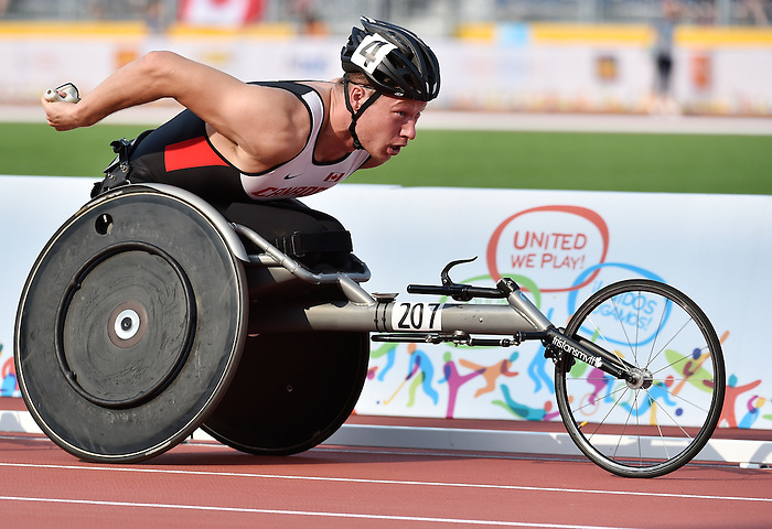 Toronto, ON - Aug 14 2015 - Tristan Smith competes in the Men's 1500m T54 Final in the CIBC Athletics Stadium during the Toronto 2015 Parapan American Games  (Photo: Matthew Murnaghan/Canadian Paralympic Committee)