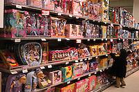 Roma, .Supermercato Coop Laurentino.giocattoli.Rome.Supermarket Coop Laurentino.Toys