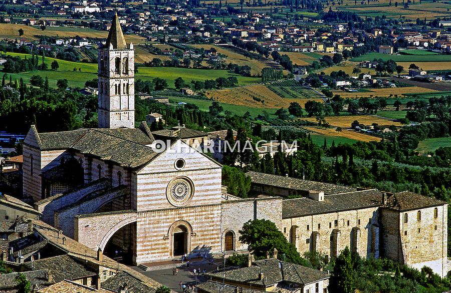 Igreja de Santa Clara em Assis. Itália. 1999. Foto de Vinicius Romanini.