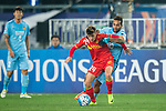 Jiangsu FC Forward Alex Teixeira (R) fights for the ball with Adelaide United Forward Jordan O'doherty (L) during the AFC Champions League 2017 Group H match between Jiangsu FC (CHN) vs Adelaide United (AUS) at the Nanjing Olympics Sports Center on 01 March 2017 in Nanjing, China. Photo by Marcio Rodrigo Machado / Power Sport Images
