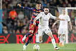 FC Barcelona's Neymar Jr (l) and Real Madrid's Daniel Carvajal during La Liga match. April 2,2016. (ALTERPHOTOS/Acero)
