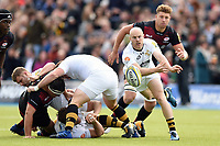 Joe Simpson of Wasps passes the ball. Aviva Premiership match, between Saracens and Wasps on October 8, 2017 at Allianz Park in London, England. Photo by: Patrick Khachfe / JMP