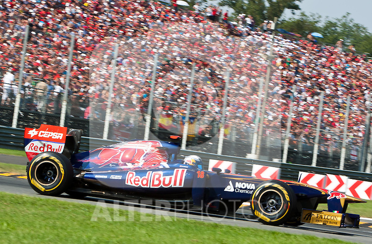 11.09.2011, Autodromo Nationale, Monza, ITA, F1, Grosser Preis von Italien, Monza, im Bild /Sebastien Buemi (SUI), Scuderia Toro Rosso / during the Formula One Championships 2011 Italian Grand Prix held at the Autodromo Nationale, Monza, near Milano, Italy, 2011-09-11, EXPA Pictures © 2011, PhotoCredit: EXPA/ J. Feichter