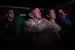 """Iñaki Ochoa de Olzaren erreskate ahalegina kontatzen duen 'Pura Vida' filmaren pantailaratzea, Ondarru (Euskal Herri) 2013ko Urriaren 11a. Marabilli sormen festibala"""" Aitzol Aramaio zenaren indarrarekin jaiotako egitasmo bat da eta helburua da hainbat artista Ondarroan biltzea, idazleak, musikariak, zinegileak, antzerkilariak, artista plastikoak, diseinatzaileak...  (Gari Garaialde / Bostok Photo)"""