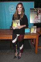 Jessica Alba Honest Life Book Signing