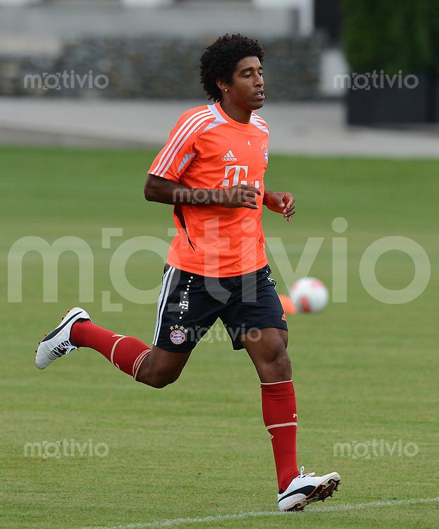 FUSSBALL  1. BUNDESLIGA   SAISON  2012/2013  03.07.2012 Trainingsauftakt beim FC Bayern Muenchen  Dante