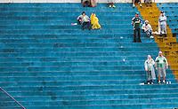 SAO CAETANO DO SUL, SP, 17 DE MARCO 2013 - CAMPEONATO PAULISTA - AD SAO CAETANO  X PALMEIRAS - Torcedores do Palmeiras durante partida contra o Ad Sao Caetano em partida da 12 rodada do Campeonato Paulista no Estadio Anacleto Campanella neste domingo, 17.(FOTO: WILLIAM VOLCOV / BRAZIL PHOTO PRESS).