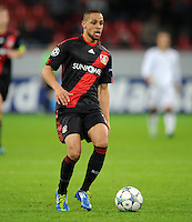 FUSSBALL   CHAMPIONS LEAGUE   SAISON 2011/2012  Bayer 04 Leverkusen - FC Valencia           19.10.2011 Sidney SAM (Bayer 04 Leverkusen) Einzelaktion am Ball