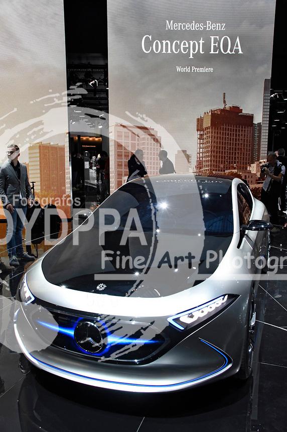 Mercedes Concept EQA auf der Internationalen Automobil-Ausstellung 2017 auf dem Messegelände. Frankfurt am Main, 12.09.2017