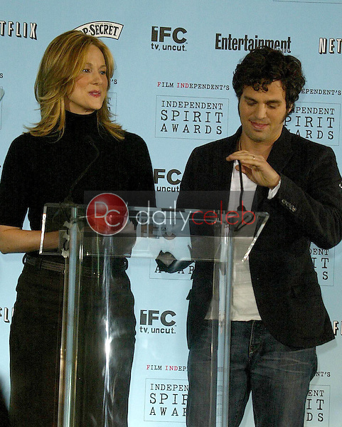 Laura Linney and Mark Ruffalo<br />