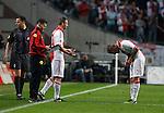 Nederland, Amsterdam, 2 mei 2012.Eredivisie .Seizoen 2011-2012.Ajax-VVV Venlo .Toby Alderweireld van Ajax maakt een buiging voor Andre Ooijer van Ajax als hij wordt gewisseld