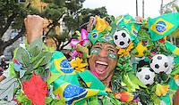 RIO DE JANEIRO, 30.06.2013 - COPA DAS CONFEDERAÇÕES - FINAL - BRASIL X ESPANHA -  Torcedor antes da partida da final da Copa das Confederações Estádio do Maracanã, na zona norte do Rio de Janeiro, neste domingo, 30. (Foto: Vanessa Carvalho / Brazil Photo Press)