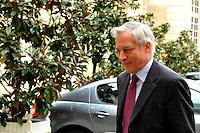 CHRISTIAN NOYER Governatore della Banca di Francia..02/11/2011 Parigi..Incontro tra il Primo Ministro Francese e i banchieri francesi a l'Hotel de Matignon..Foto Gerard Roussel / Panoramic / Insidefoto..................