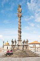 PORTO-PORTUGAL, 25.08.2012 - Pelourinho da Sé. Instalado pela Câmara Municipal do Porto em 1945 depois de terminadas as obras de reestruturação região onde está a Catedral da Sé. O monumento atual é uma reconstituição de uma gravura de 1797. (Bete Marques/Brazil Photo Press)