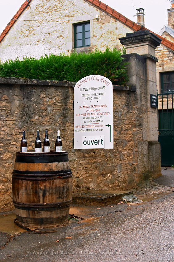 wine shop domaine comte senard aloxe-corton cote de beaune burgundy france