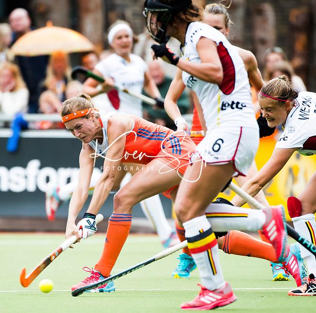 SCHIEDAM -  Carlien Dirkse van den Heuvel (Ned) tijdens een oefenwedstrijd tussen  de dames van Nederland en Belgie , in aanloop naar het  EK Hockey, eind augustus in Amstelveen. ANP KOEN SUYK