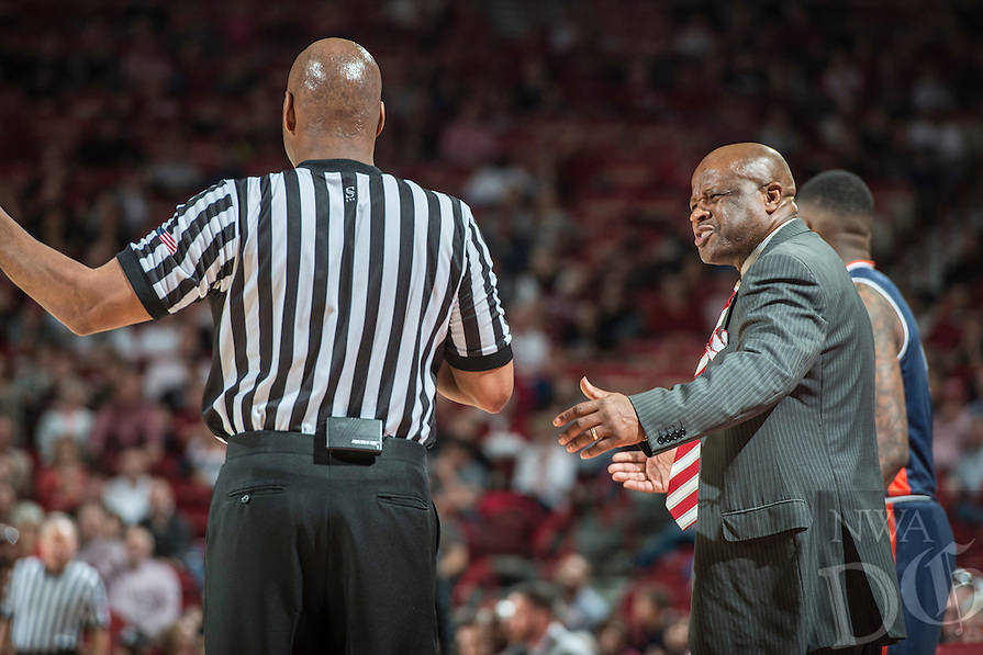 NWA Democrat-Gazette/ANTHONY REYES &bull; @NWATONYR<br /> Arkansas head coach Mike Anderson argues a call with the ref against Auburn Wednesday, Feb. 17, 2016 at Bud Walton Arena in Fayetteville. The Razorbacks lost 90-86.