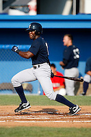 August 16, 2009:  Right Fielder Deangelo Mack of the Staten Island Yankees during a game at Dwyer Stadium in Batavia, NY.  Staten Island is the Short-Season Class-A affiliate of the New York Yankees.  Photo By Mike Janes/Four Seam Images