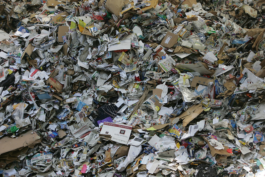 Waste Management handles all recycling in their Woodinville, WA plant on Thursday, July 12, 2007. (Photo by Kevin P. Casey)