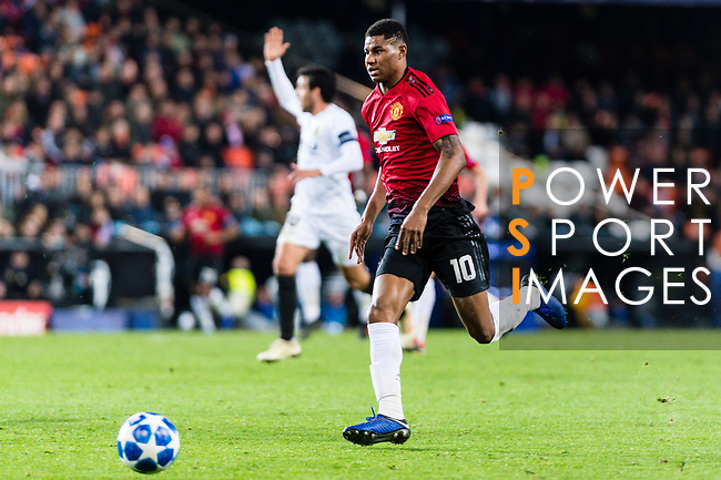 Marcus Rashford of Manchester United runs with the ball during the UEFA Champions League 2018-19 match between Valencia CF and Manchester United at Estadio de Mestalla on December 12 2018 in Valencia, Spain. Photo by Maria Jose Segovia Carmona / Power Sport Images