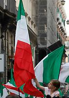 Luigi D i Maio leader del Movimento 5 stelle durante una manistazione a largo Berlinguer di Napoli